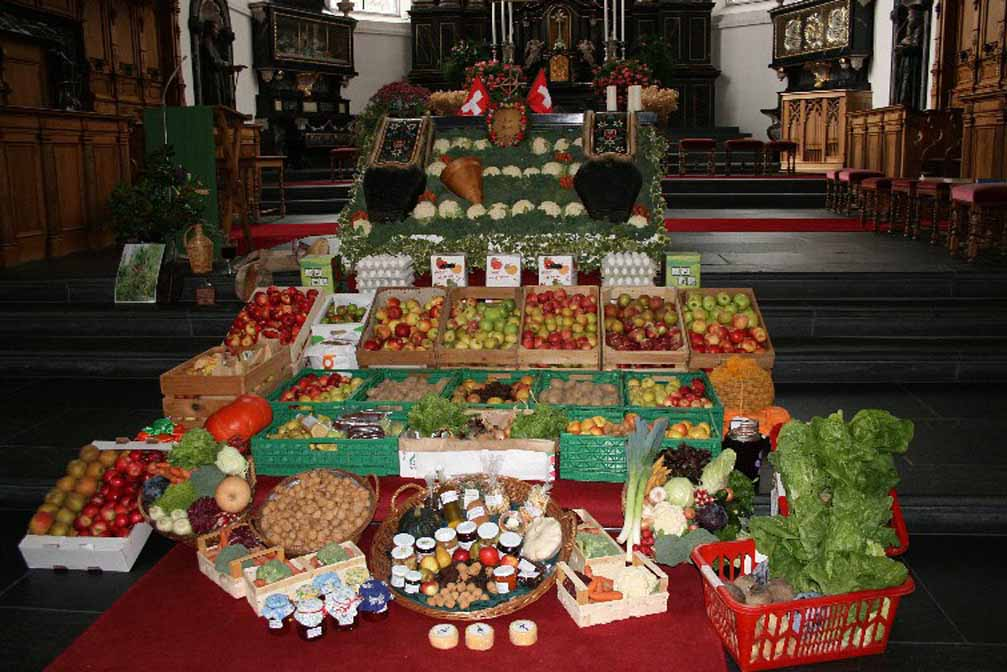 St Peter and Paul Parish Church, Stans, 18 October 2009: A display of agricultural produce for the thanksgiving service © Markus Elsener, Stans