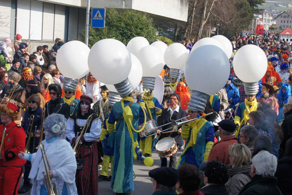 Katzenmusik in the procession on Carnival Monday in Altdorf, 2011 © Rolf Gisler-Jauch, Altdorf
